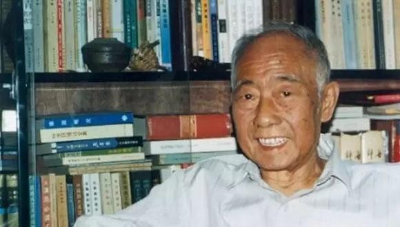 汪曾祺:我所追求的不是深刻而是和谐