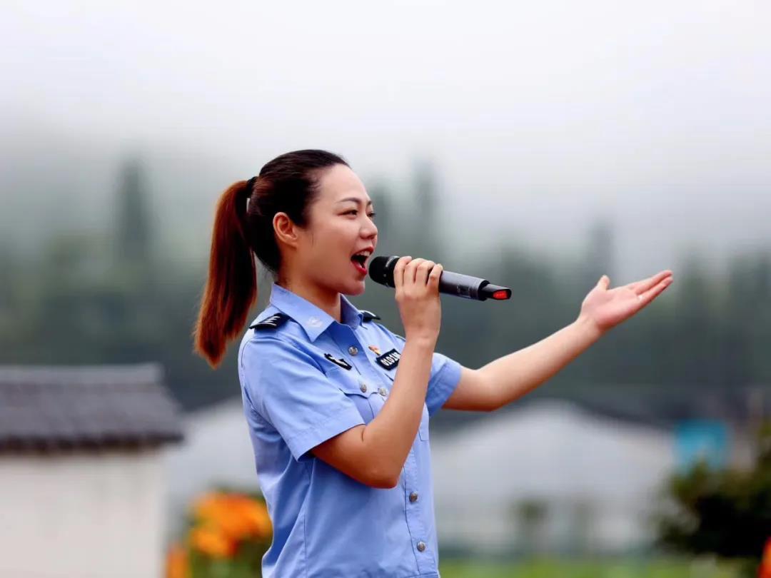 江西公安文联组织开展志愿服务活动