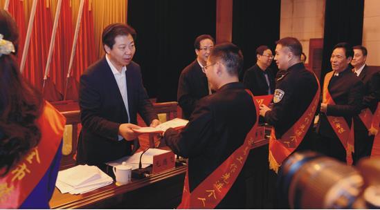 湖南株洲公安磨剑三年,力斩毒魔