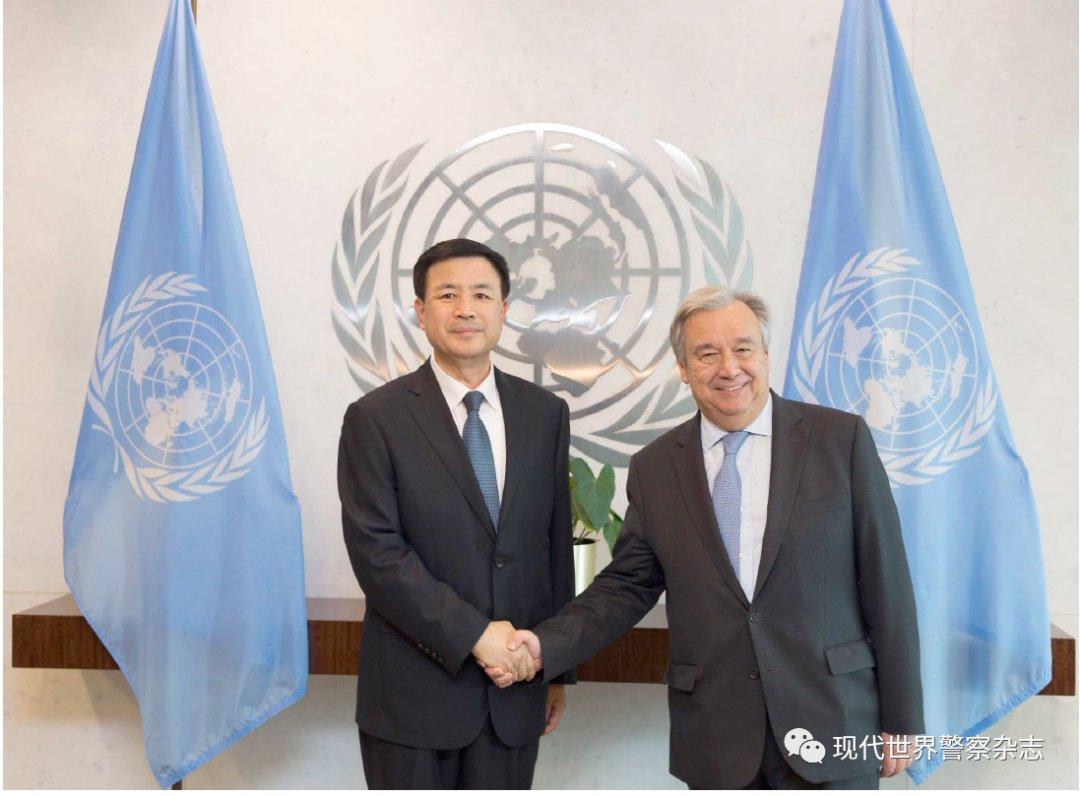 中国警徽在国际维持和平事业中闪光