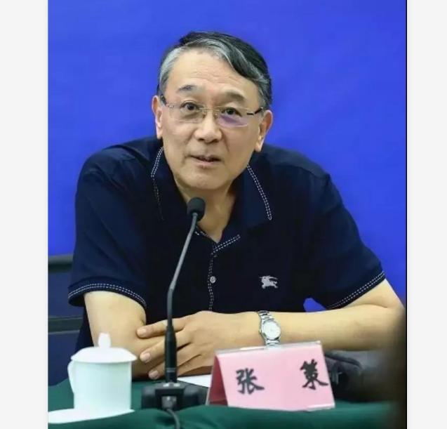 张策:期盼公安散文的突破