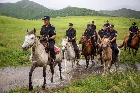 乌兰坝自然保护区的守护神 ―森林公安骑警队